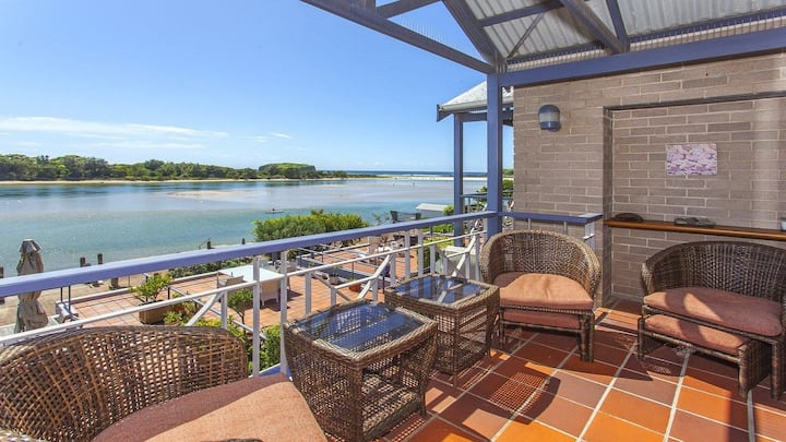 Aroona at Minnamurra - SPECIAL OFFER-pay for 2 nights, 3rd FREE!