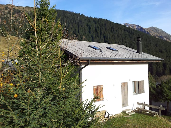 Mountain House im Tessin, Carì, skiing + bike area