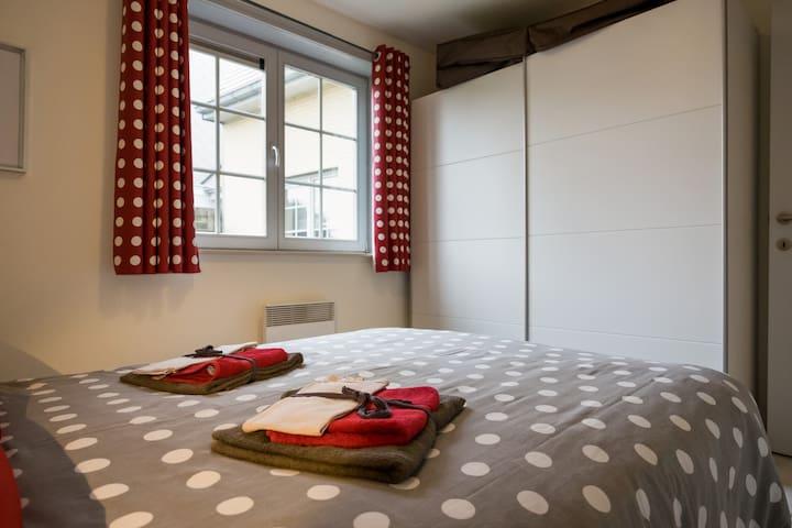 Nuevo apartamento cerca del mar! - De Haan - Departamento
