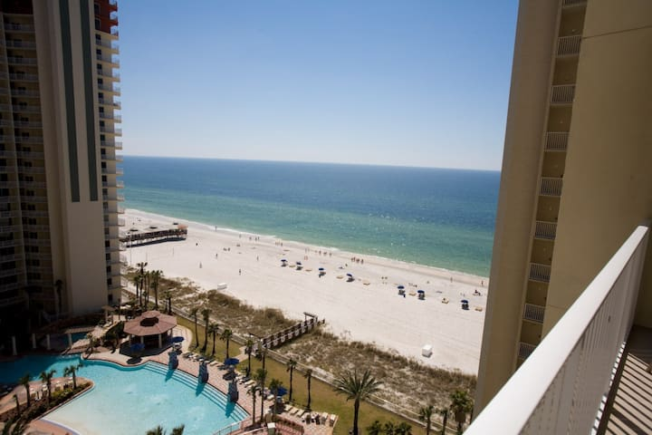 1 Bedroom Gulf Front NO AMENITY FEES Plus Free Wifi and Free Fun Included! 35% Spring Stays - Panama City Beach - Lyxvåning