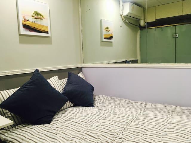 LRJL-2 new! Mong kok,Comfy room,private bath,AC