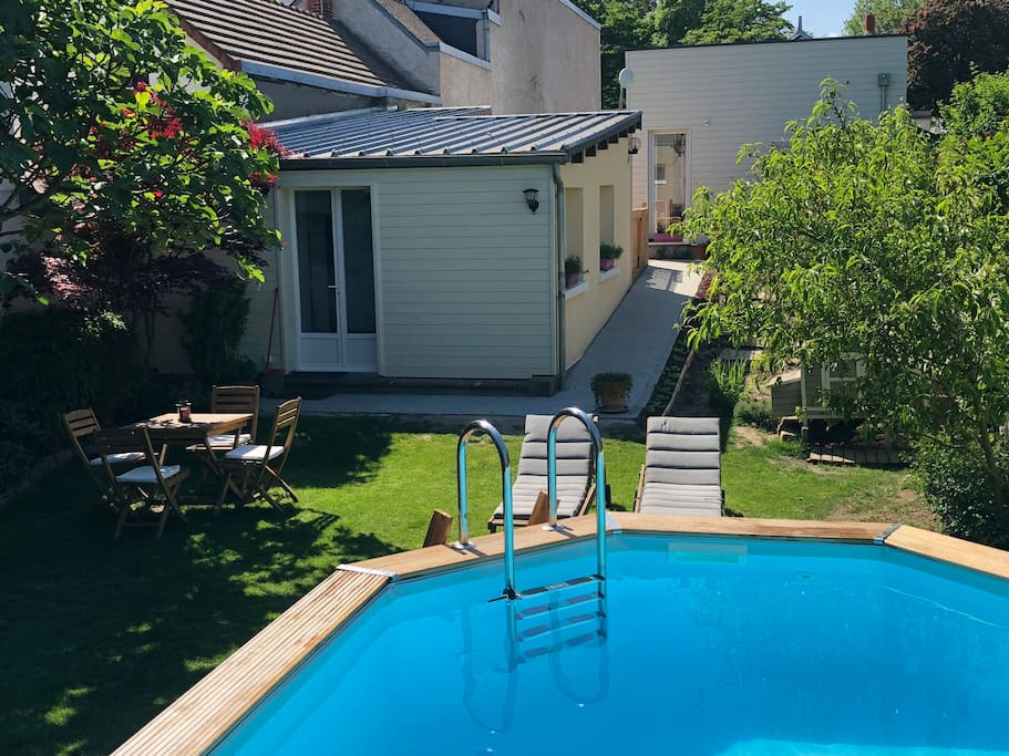 La piscine hors-sol à partager avec les hôtes
