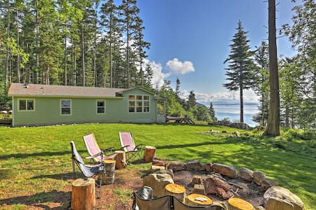 Secluded 3BR Decatur Island House - Lopez Island - House