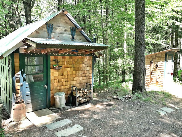 Catskills Pond Cottage Cabin Camp 30 acre woods