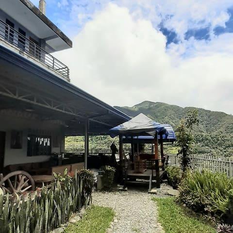 Banaue Pink Eco Hostel