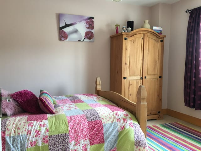 Cosy home near the coast with great amenities BR2