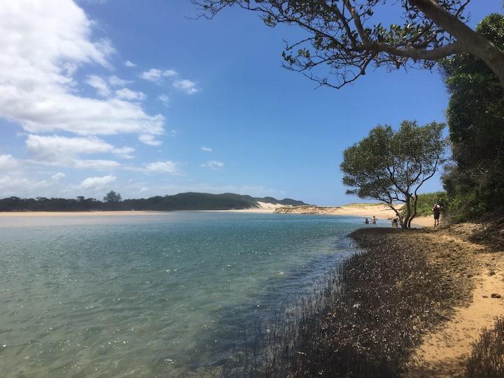 Lunamanzi Lodge - A bush and beach extravanganza