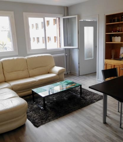 Appartement neuf, 2 chambres, proche centre ville