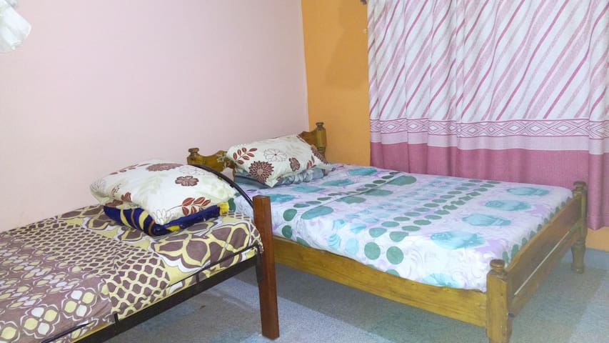 Haven of peace home away from home - Nakuru County - Dom