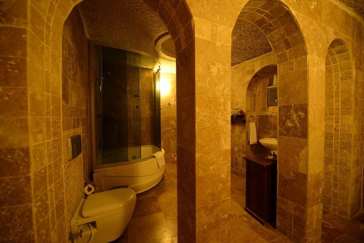 Deluxe Cave Room @ Vineyard Cave Hotel