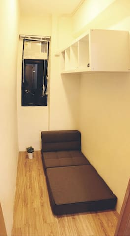 Budget Room Clean for Single in Wan Chai (E)
