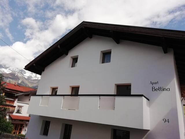 Apart Bettina  Alpenrose für 2-4 Personen:)