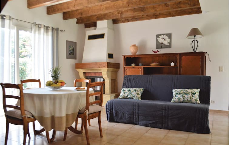 Holiday cottage with 3 bedrooms on 83 m² in Cervione