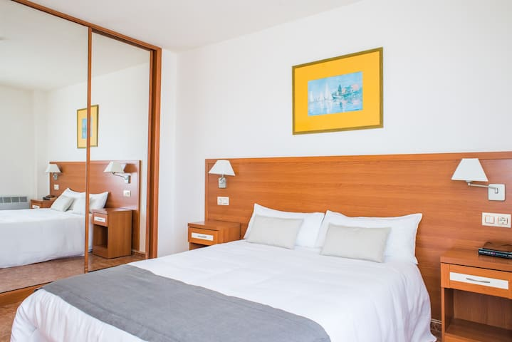 Apartamento jardín en Aparthotel Playas Liencres