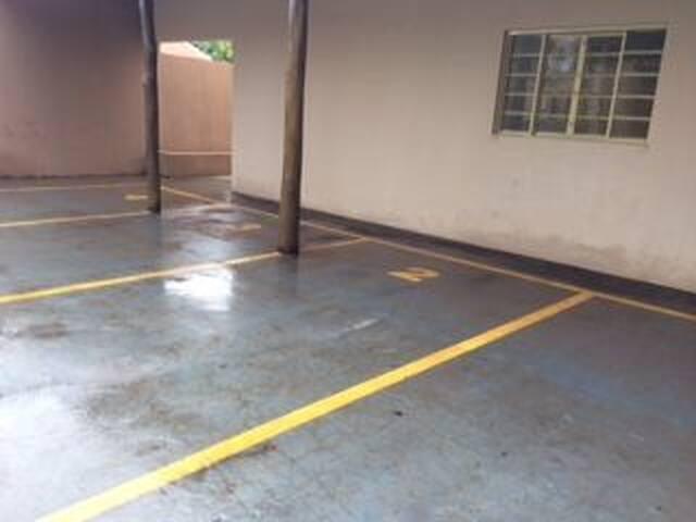 Aluga-se casa mobiliada em Sertãozinho-sp
