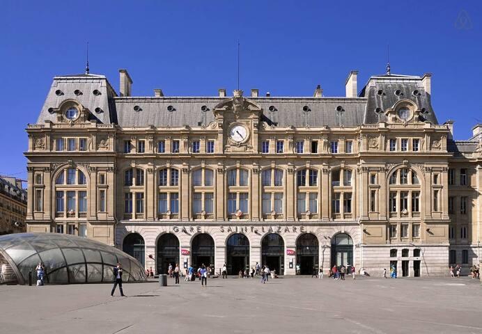 FANTASTIC LOCATION IN PARIS 8EME * - Paris - Apartemen