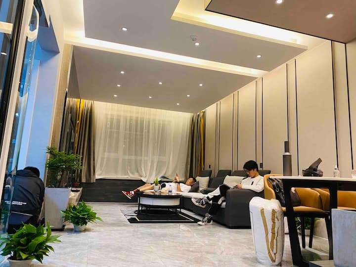 梵得利的宅子 高铁站飞机场万达广场盛达广场,政务中心