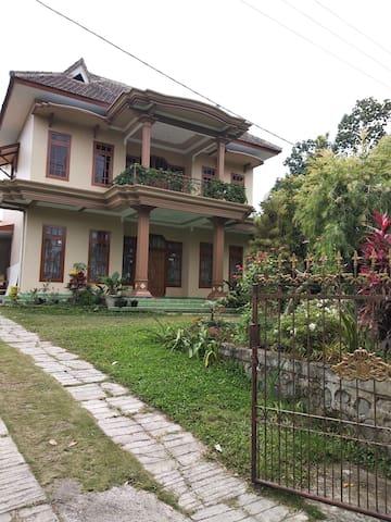 As-Sakinah Homestay (Room B)