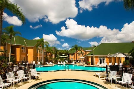 Amazing King Retreat near Disney  #528 - Kissimmee - Osakehuoneisto
