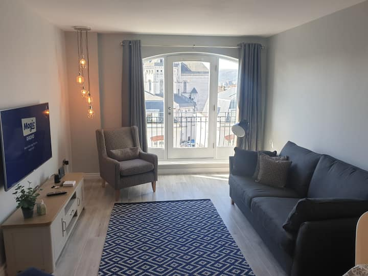 Luxury True North Apartment in Cathedral Quarter