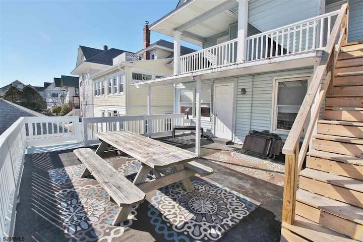 OCNJ North End 3 Bedroom!