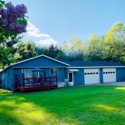 Cottage perfect for families!1.5miToCastleRockLake