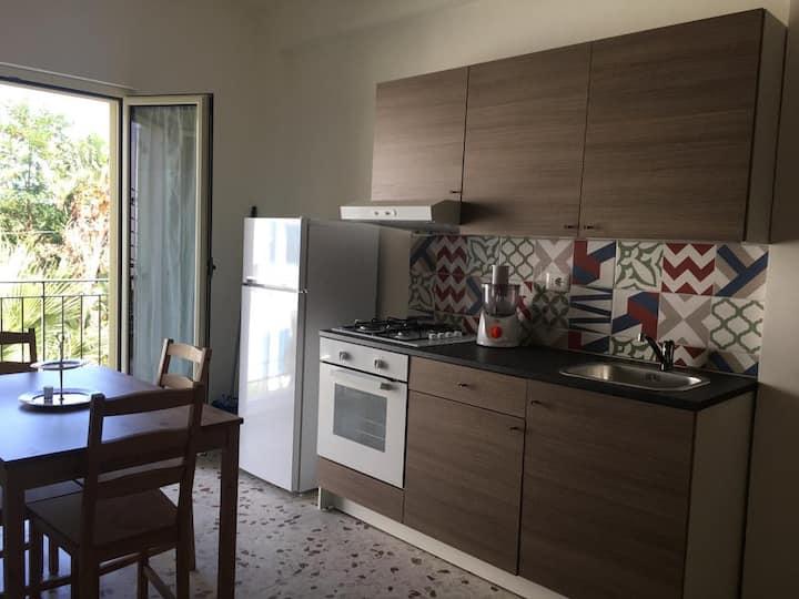 Casa vacanze Calliope appartamento 1^p (Poesia)