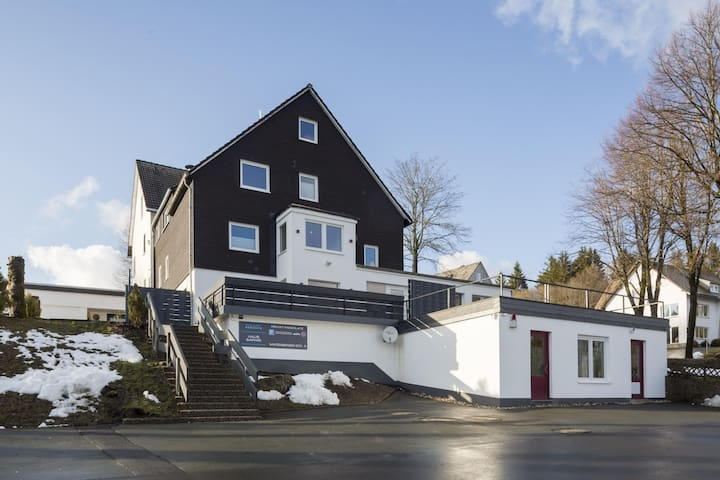 Lively Holiday Home in Winterberg near Bobsleigh Track