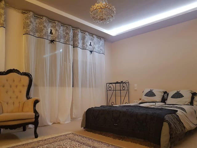 Bonita Vendeghaz