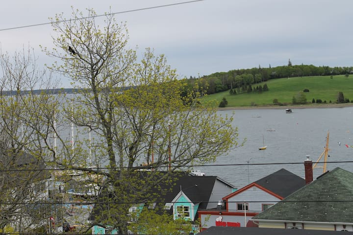 Two Bedroom Loft Apt (2) UNESCO Lunenburg - Lunenburg - Daire