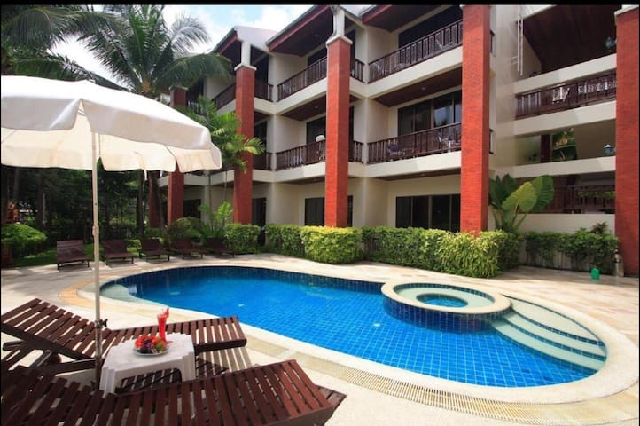 Big nice quiet rm in Patong 10mn Beach & nightlife