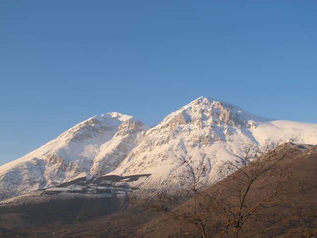 La casa ad un ora da Roma per andare a sciare! - Province of L'Aquila - Huis