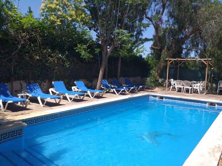 4 Villa Marina Salou 9 habitaciones,18-20 plazas