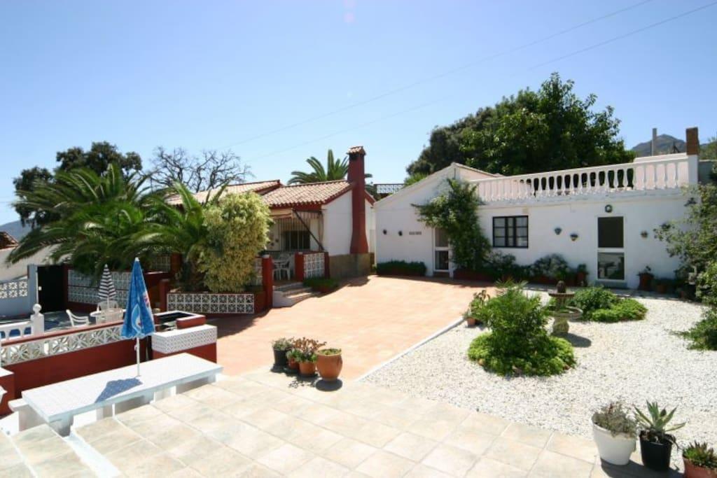 Casa Rosa and Casa Palma  ( 2 houses )