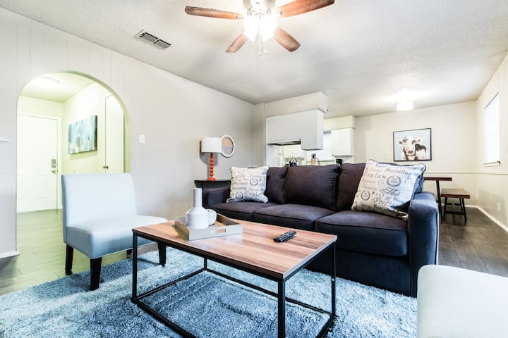 Private Home for Small Groups