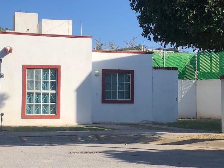 Casa de 1 a 4 personas en Residencial Privado