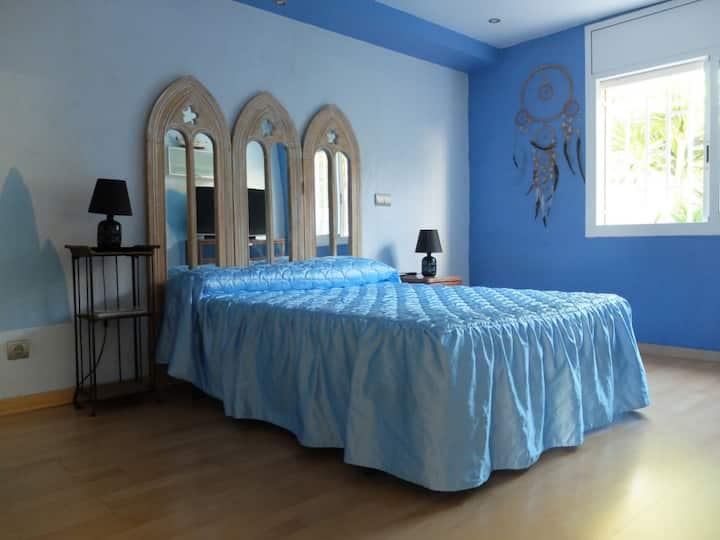 Playa-Calafell/Vendrell-Suite y baño PRIVADOS