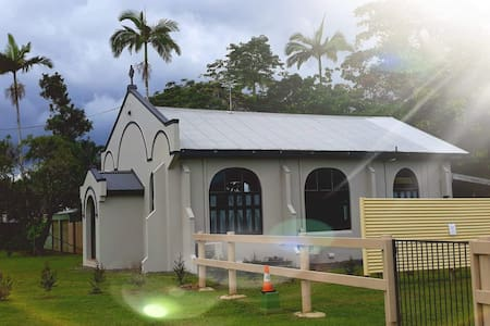 Mena Falls Guest House
