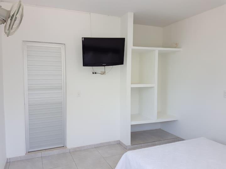 Cómoda habitación baño privado en Melgar