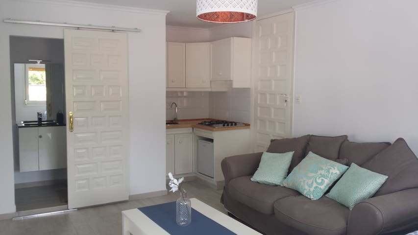 Cosy & reformed appartment in Aguilas - Águilas - Wohnung
