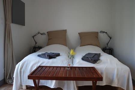 Chambre d'hôtes Escapad'Oc à Berlou - Berlou - Bed & Breakfast