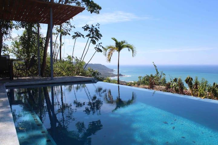 Villa Vista al Mar, STUNNING view & close to town