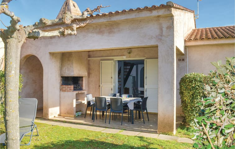 Semi-Detached with 2 bedrooms on 52 m² in S. Lucie de Porto Vec.