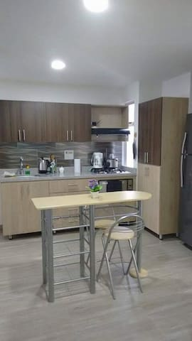 Comfortable 2 bedroom with terrace - Sabaneta