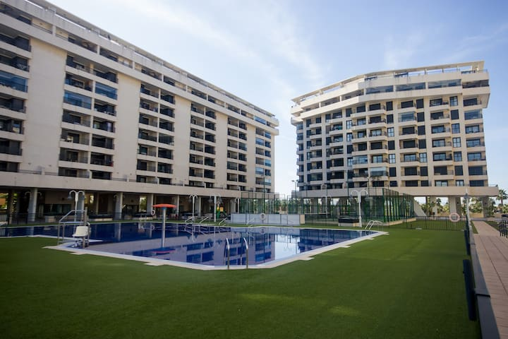 Apartament White Deluxe whith swimming pool