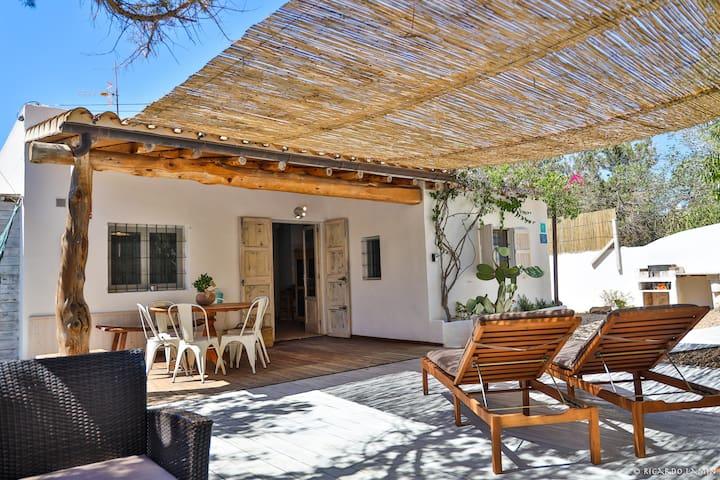 Casa Luis en Es Pujols - Relax a lado del bosque