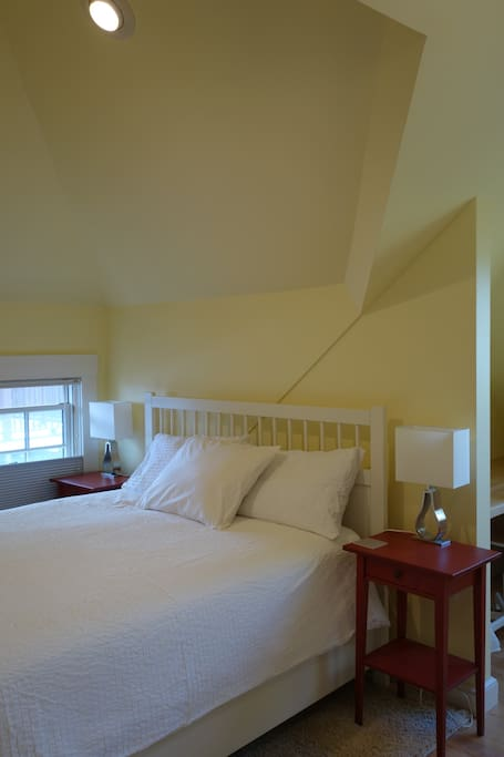 Bed Nook in large Bedroom. 100% cotton linens for your comfort.