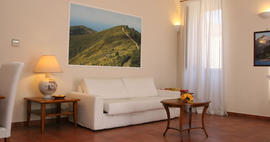 B&B Palazzo Iaquinto - Santa Maria di Castellabate - Bed & Breakfast