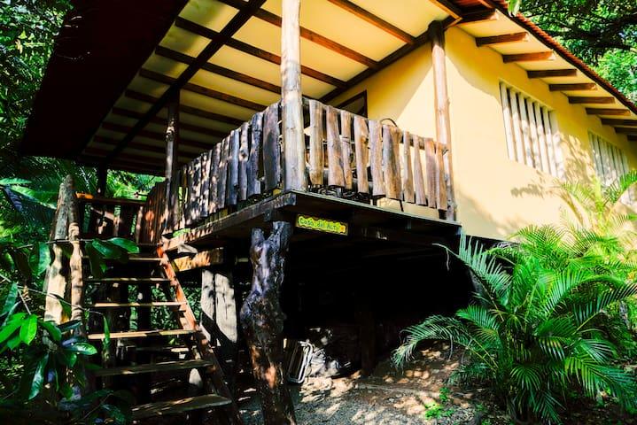 Casa del Alto Playa Hermosa de Jaco