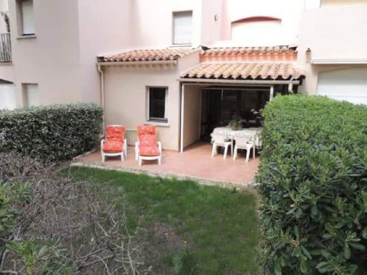 SUPERB T3 APARTMENT RESIDENCE WITH SWIMMING POOL AND TENNIS - CAP D'AGDE -REF: PL027
